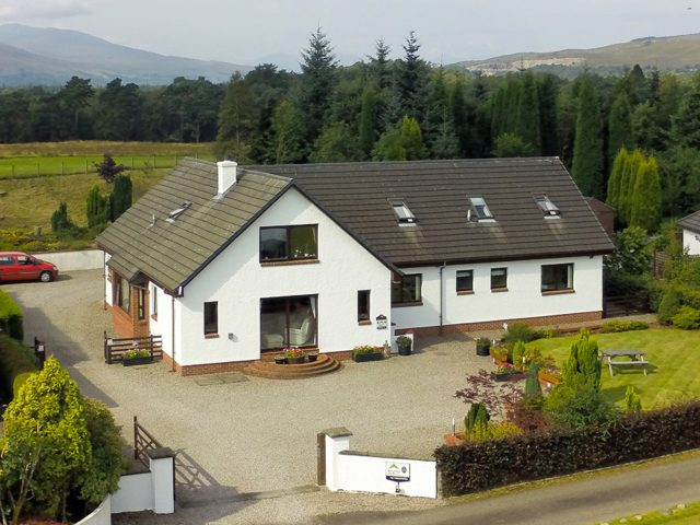 Torlundy House – Rural B&B with Mountain views