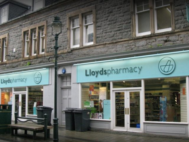 Lloyds Pharmacy – High Street